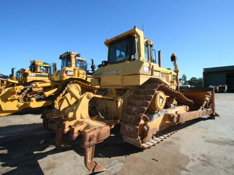 CAT D7H Dozer | Piacentini & Son Equipment Sales